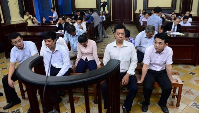 Các bị cáo trong phiên tòa phúc thẩm.