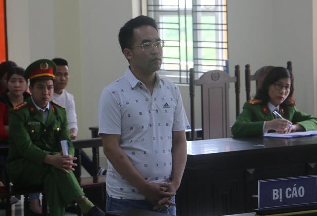 Đối tượng Nguyễn Lê Giang tại tòa.