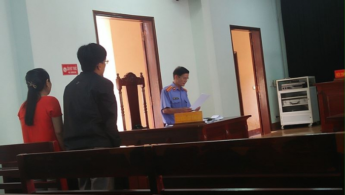 Các đương sự tại tòa