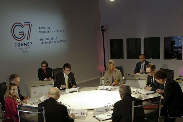 Ngoại trưởng các nước G7 họp tại Pháp ngày 5/4. (Ảnh: Reuters)