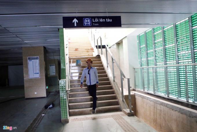 Tính đến tháng 2/2017, tuyến đường sắt trên cao Cát Linh - Hà Đông (tuyến đường sắt 2A) hoàn thành khoảng 90% tiến độ, 12 nhà ga chính đã xây dựng xong.