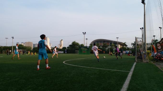 Vượt qua Báo Lao động, Pháp luật Việt Nam giành vé vào bán kết giải Press cup 2017