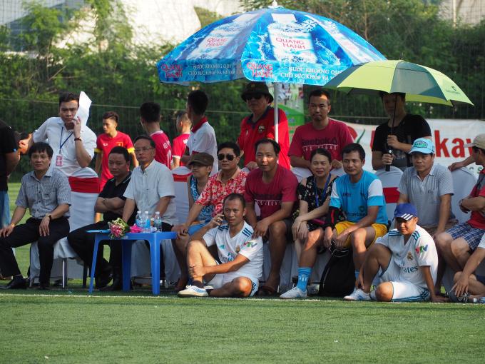 BLV Long Vũ cũng đã có mặt trên sân cùng đội VTV.
