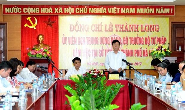 Bộ trưởng Lê Thành Long phát biểu trong chương trình làm việc tại Sở Tư pháp Hà Nội.