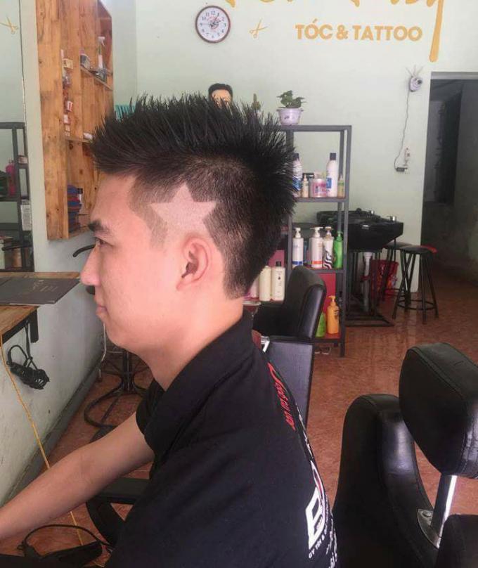 Một kiểu tóc với hình ngôi sao năm cánh.