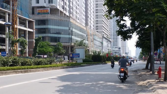 Góc đường Lê Văn Lương.