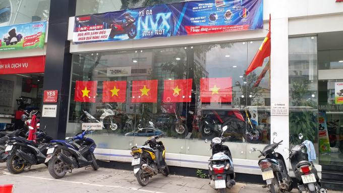 Một đại lý xe máy trên đường Nguyễn Chí Thanh.