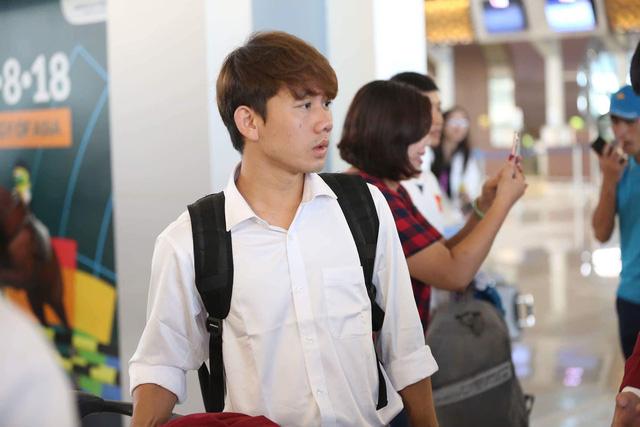 Tiền vệ trẻ Minh Vương