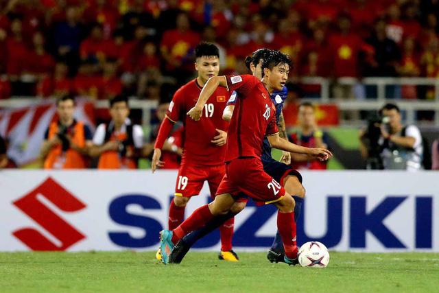 Cả Quang Hải lẫn Văn Đức đều ghi bàn trong chiến thắng của đội tuyển Việt Nam trước Philippines