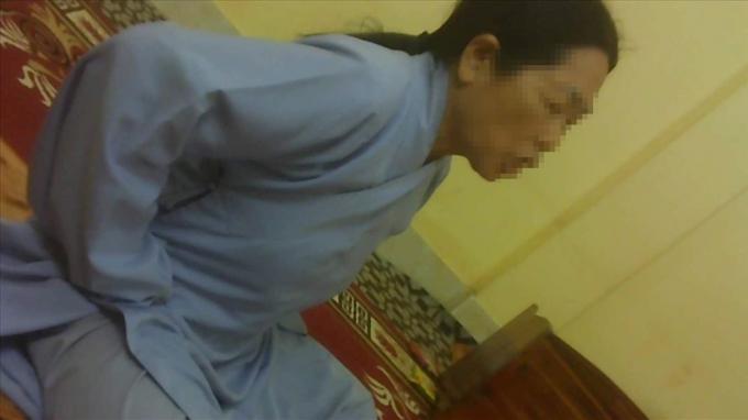 Vong thường sẽ ngay lập tức nhập luôn vào người mặc áo phật tử của chùa.