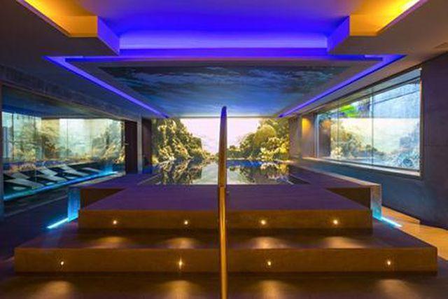Ngoài ra, khách sạn của Messi còn có cả một spa chăm sóc nhan sắc, mát-xa và cabin đôi dành riêng cho các đôi uyên ương.