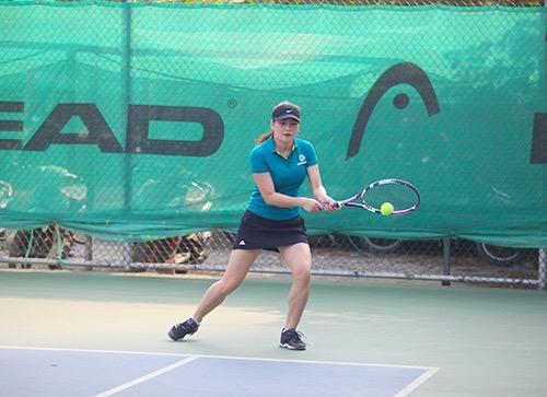 Các trận thi đấu diễn ra đầy hào hứng, sôi nổi nhưng không kém phần quyết liệt, thể hiện quyết tâm cao độ của người thi đấu.