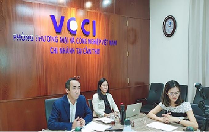 Hình ảnh tại cuộc họp Ban điều hành đầu tiên của Mạng lưới MRBN - Đại diện VCCI – Chi nhánh Cần Thơ tại điểm cầu Cần Thơ.