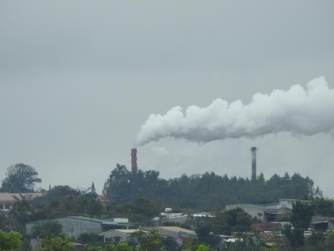 Dù chưa được thẩm tra, cho phép hoạt động nhưng bất chấp pháp luật, nhà máy vẫn hoạt động