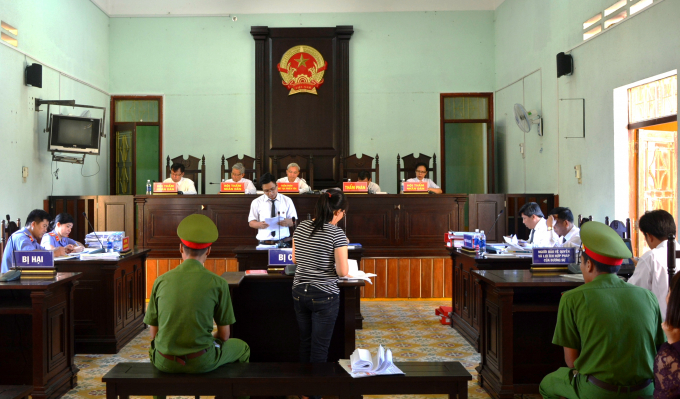 Quang cảnh phiên tòa xét xử sơ thẩm lần 2 vụ án Lê Thị Tân.
