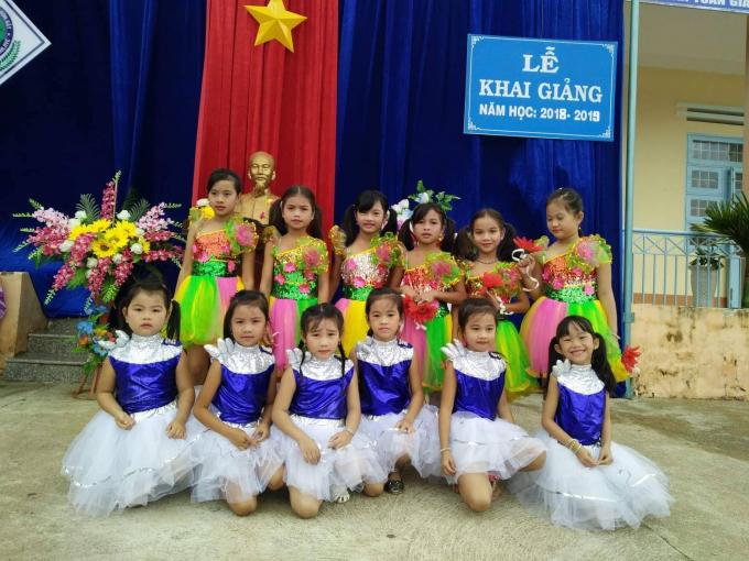 Học sinh trường thị trấn Đắk Ruồng, huyện Kon Rẫy, tỉnh Kon Tum