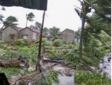 Giông, lốc gây nhiều thiệt hại tại huyện Ia H'Drai