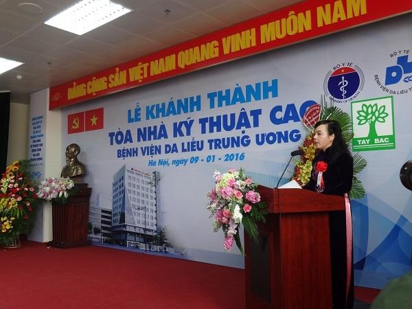 Bộ trưởng Bộ Y Tế phát biểu tại buổi lễ khánh thành tòa nhà. Ảnh: Ngọc Nga
