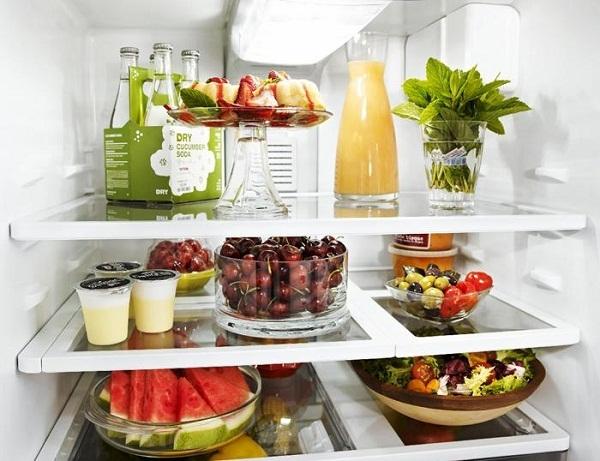 Nên đủ thực phẩm cần thiết, sơ chế và phân loại trước khi đưa vào tủ lạnh bảo quản. Ảnh: minh họa