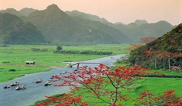 Thời tiết khu vực Hà Nội nắng ấm, thích hợp cho các hoạt động du xuân lễ hội đầu năm. Ảnh: minh họa.