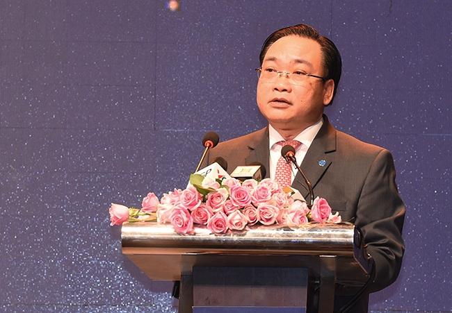 Ông Hoàng Trung Hải - Bí thư Thành uỷ Hà Nội phát biểu tại Hội nghị.