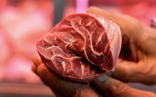Bóc mẽ chiêu thức làm thịt bít tết từ những miếng thịt vụn