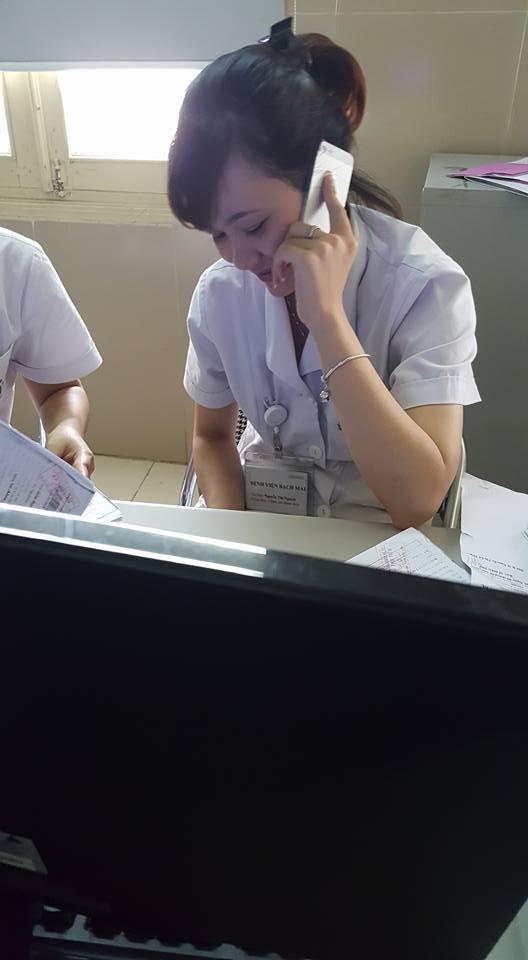 Ảnh chụp cô nhân viên y tế