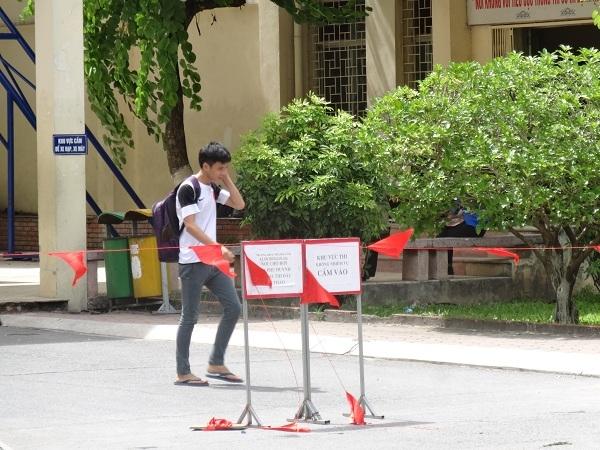Thi THPT Quốc gia 2016: Nhiều thí sinh kết thúc sớm bài thi vì chỉ xét tốt nghiệp