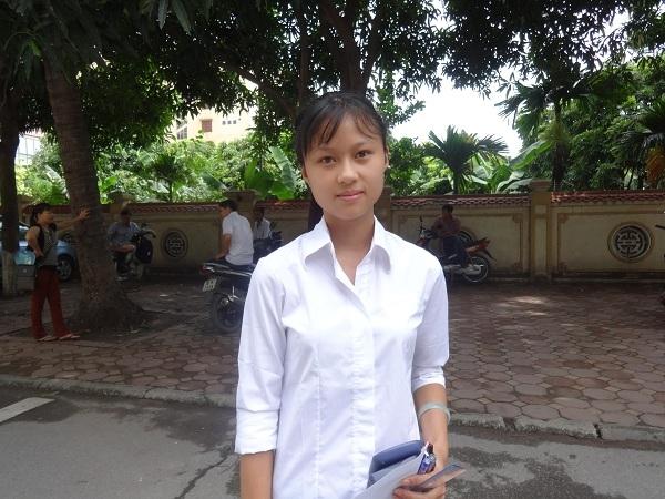 Em Hoàng Thị Lan, một thí sinh dự thi chia sẻ: