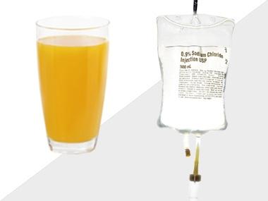 Nước cam có thể ngăn cản sự hấp thu thuốc vào cơ thể. Ảnh: minh họa