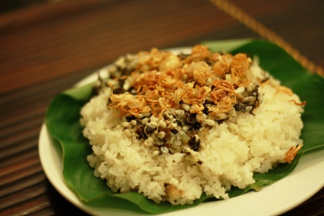 Trứng kiến cũng là một trong những món ăn được nhiều người tìm mua. Ảnh: minh họa