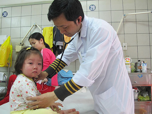 Sởilà loại bệnh lành tính, nhưng có khả năng gây suy giảm miễn dịch rất nhanh nên trẻ mắc bệnh rất dễ bị biến chứng như viêm phổi, tiêu chảy. Ảnh: minh họa/Nguồn: NLD