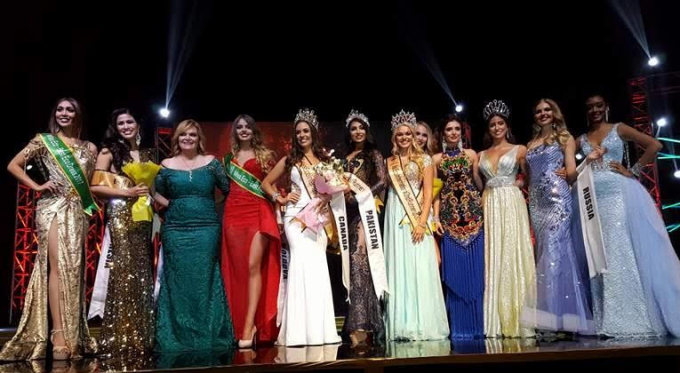 Người giành vương miện Hoa hậu là thí sinh đến từ Canada.
