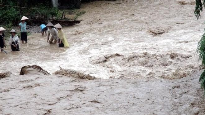 Do ảnh hưởng của rãnh thấp, các tỉnh Bắc Bộ tiếp tục có mưa, nguy cơ xảy ra lũ quét, sạt lở đất trên các sông suối nhỏ là rất lớn. Ảnh: minh họa/Nguồn: TTXVN