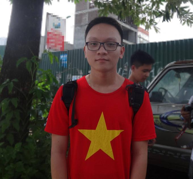 Em Trần Đức Hiếu, học sinh lớp 11A11, trường THPT Lương Thế Vinh.Ảnh: Ngọc Nga