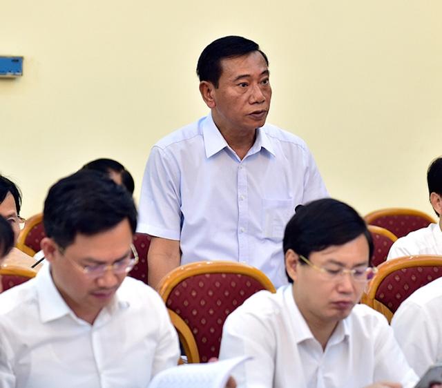 Ông Đỗ Viết Bình - Chủ tịch UBND quận Ba Đình báo cáo vụ việc 146 Quán Thánh tại buổi làm việc.