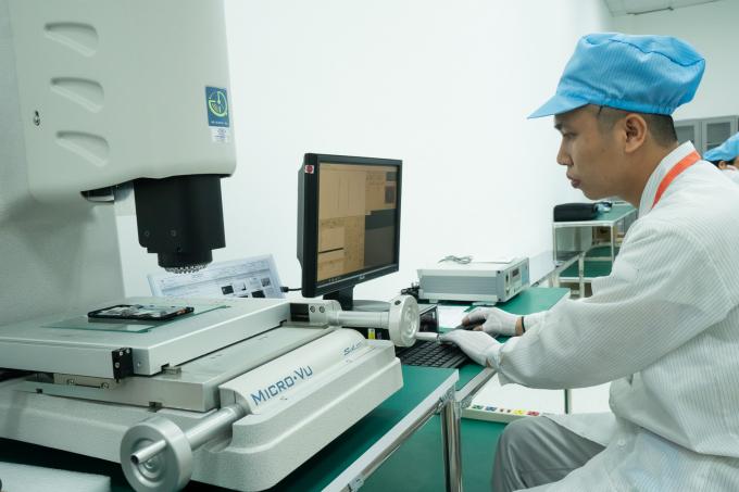 Ngoài ra, dây chuyền được đầu tư nhiều máy phân tích chất lượng đều là thương hiệu hàng đầu thế giới.