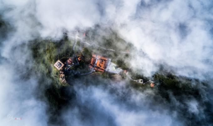 Fansipan – ngọn núi huyền tích, sự ích kỷ và giấc mơ chinh phục đỉnh trời