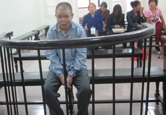 Nguyễn Văn Trọng trong phiên tòa xét xử sáng nay ( Ảnh: Duy Khương)