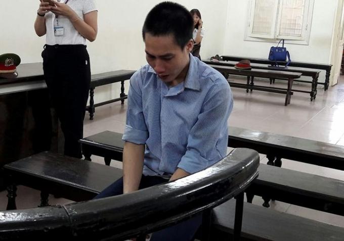 Bị cáo Hà Văn Toàn trước vành móng ngựa