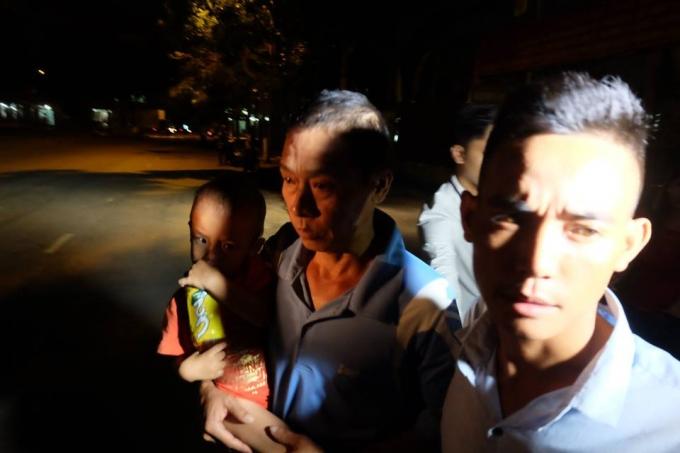 Ông Đinh Ngọc Thạch - người lái xe xích lô chở tôn làm cháu bé 10 tuổi tử vong chính thức được tại ngoại.