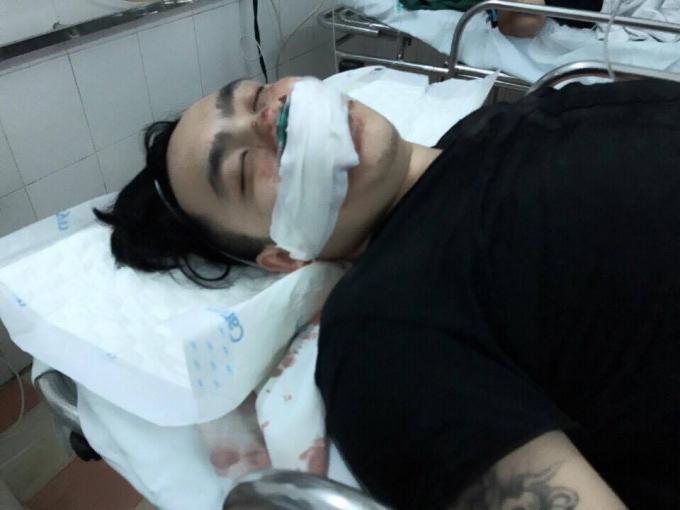 Hiện nạn nhân đang điều trị tại bệnh viện.