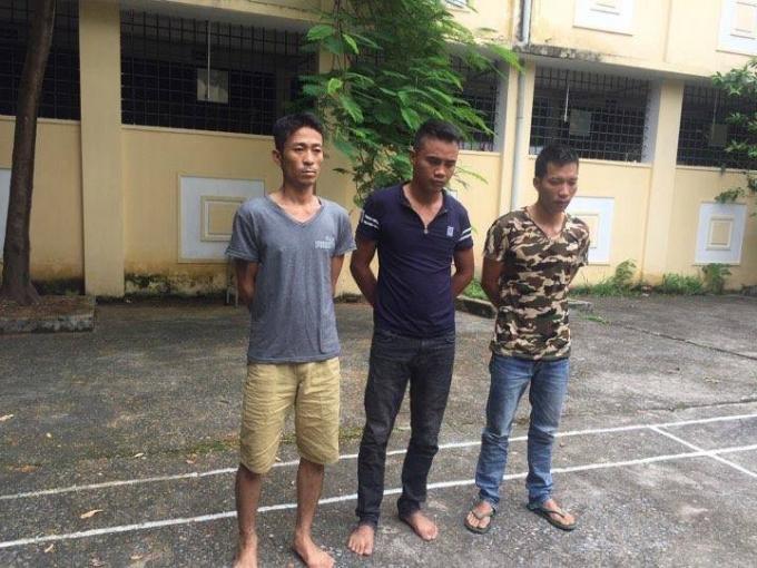 Nhóm nam thanh niên bị cơ quan công an bắt giữ.