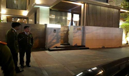 Bộ Công an đang tiến hành khám nhà ông Phan Văn Anh Vũ