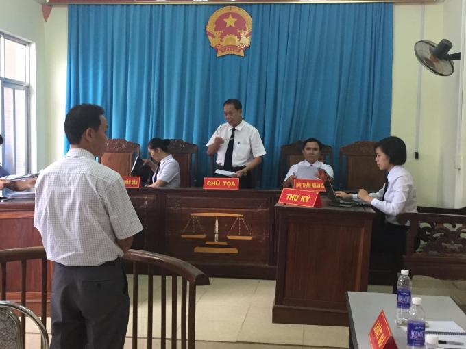 Ngày 25/5/2017, TAND tỉnh Sơn La đã tuyên bị cáo Lường Văn Định 30 tháng tù giam.