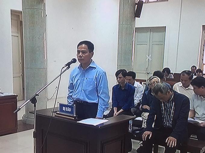 Bị cáo Hoàng Thế Trung (nguyên GĐ Ban Quản lý Dự án Sông Đà).