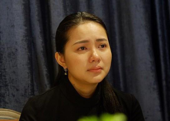 Người mẫu Phan Như Thảo đã có buổi gặp gỡ truyền thông để chia sẻ về việc con gái suýt bị bắt cóc ngay giữa trung tâm TPHCM mà cô đã chia sẻ trước đó trên trang cá nhân. Phan Như Thảo cho biết, trưa ngày 17/3, cô cùng chồng và con gái 16 tháng tuổi - bé Bồ Câu, có cả người giúp việc đến ăn trưa tại một khách sạn 5 sao trên đường Đồng Khởi, phường Bến Nghé, quận .