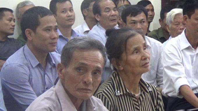 Ông Vũ Văn Mạo khởi kiện Chủ tịch UBND xã Hoàng Diệu.
