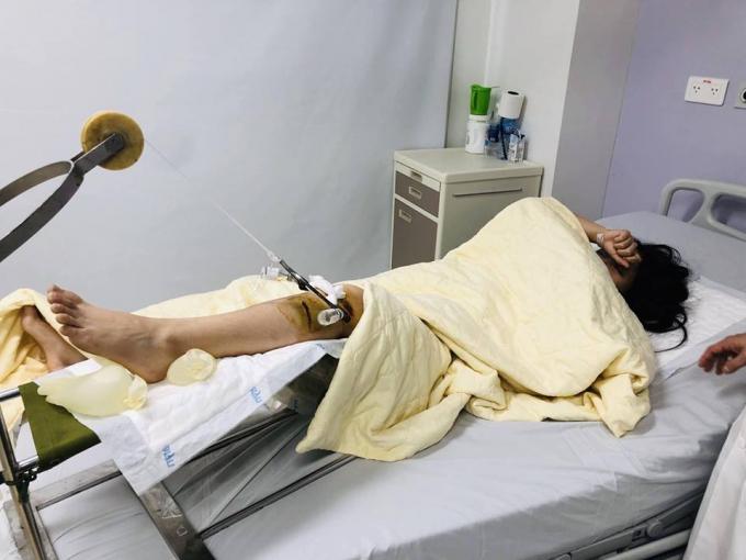 Nữ sinh đang điều trị tại bệnh viện.