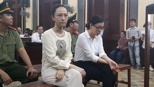 Hoa hậu phương Nga tại phiên tòa trước đó